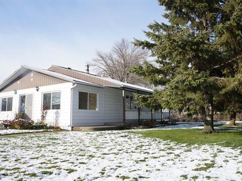 Duplex for sale in Saint-Paul-de-l'Île-aux-Noix, Montérégie, 1473Y - 1473Z, 1re Rue, 28170837 - Centris.ca