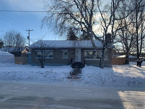 House for sale in La Tuque, Mauricie, 4, Rue  Maisonneuve, 27091818 - Centris.ca