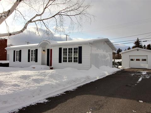 Maison à vendre à Carleton-sur-Mer, Gaspésie/Îles-de-la-Madeleine, 23, Rue de Tracadièche Ouest, 22145142 - Centris.ca