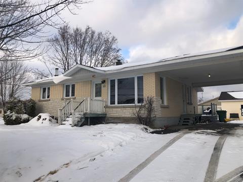 Maison à vendre à Val-Alain, Chaudière-Appalaches, 622, Rue  Principale, 14560675 - Centris.ca