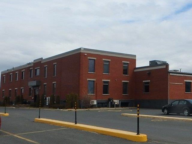 Commercial unit for rent in Drummondville, Centre-du-Québec, 230, boulevard  Saint-Joseph Ouest, 27356210 - Centris.ca