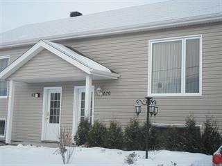 Maison à vendre à Saint-Honoré, Saguenay/Lac-Saint-Jean, 620, Rue  Guay, 21018165 - Centris.ca