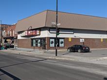 Commercial building for rent in Montréal (Côte-des-Neiges/Notre-Dame-de-Grâce), Montréal (Island), 5805, boulevard  Décarie, 14592906 - Centris.ca