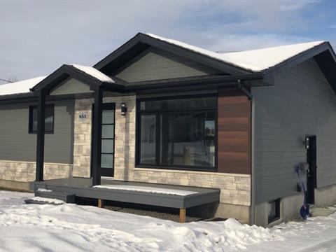 Maison à vendre à Alma, Saguenay/Lac-Saint-Jean, 653, boulevard  Auger Est, 27482613 - Centris.ca