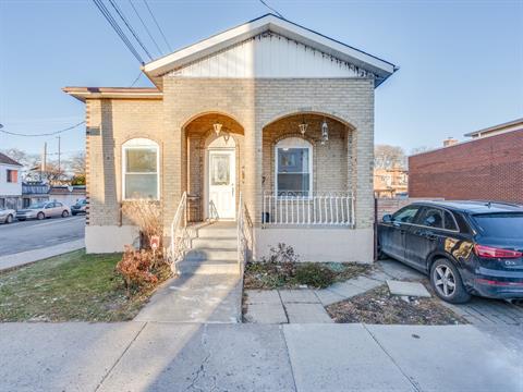 Maison à vendre à Montréal (Villeray/Saint-Michel/Parc-Extension), Montréal (Île), 7591, Rue  Chabot, 16628387 - Centris.ca