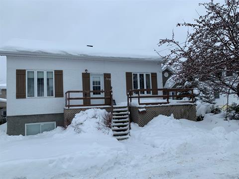 Maison à vendre à Rouyn-Noranda, Abitibi-Témiscamingue, 268, Rue  Taschereau Ouest, 18027809 - Centris.ca