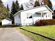 Maison à vendre à Dégelis, Bas-Saint-Laurent, 112, Avenue  Lavoie, 21702190 - Centris.ca