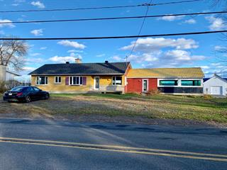 Commercial building for sale in Batiscan, Mauricie, 1020, Rue  Principale, 11986159 - Centris.ca