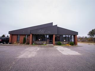 Commercial building for sale in Mansfield-et-Pontefract, Outaouais, 267, Rue  Principale, 25190102 - Centris.ca