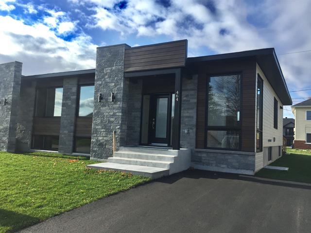 House for sale in Salaberry-de-Valleyfield, Montérégie, 468, Rue  Lionel-Groulx, 11761830 - Centris.ca