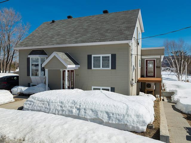House for sale in Baie-Saint-Paul, Capitale-Nationale, 13, Chemin de la Pointe, 27130359 - Centris.ca