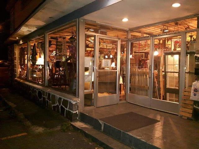 Bâtisse commerciale à vendre à Sorel-Tracy, Montérégie, 4600, Route  Marie-Victorin, 10778828 - Centris.ca