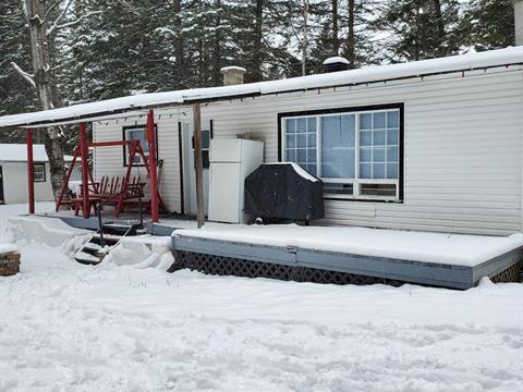 Chalet à vendre à Saint-Tite-des-Caps, Capitale-Nationale, 472, Route  138, 9658617 - Centris.ca
