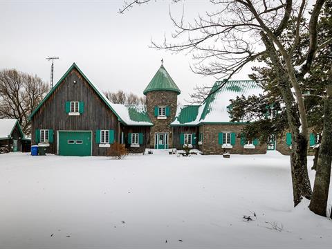 Cottage for sale in Rivière-Beaudette, Montérégie, 1128, Rue  Émilien, 27481029 - Centris.ca