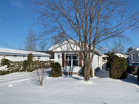 Maison mobile à vendre à Lac-Mégantic, Estrie, 4578, Rue  Laurier, 24628914 - Centris.ca