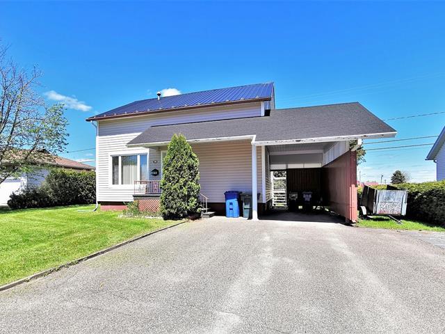 Maison à vendre à Saint-Félicien, Saguenay/Lac-Saint-Jean, 1110 - 1112, Rue  Brassard, 26243982 - Centris.ca