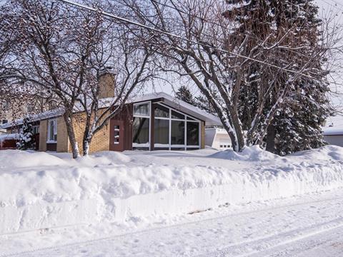 Maison à vendre à Saint-Pascal, Bas-Saint-Laurent, 350, Avenue  Chapleau, 23551645 - Centris.ca