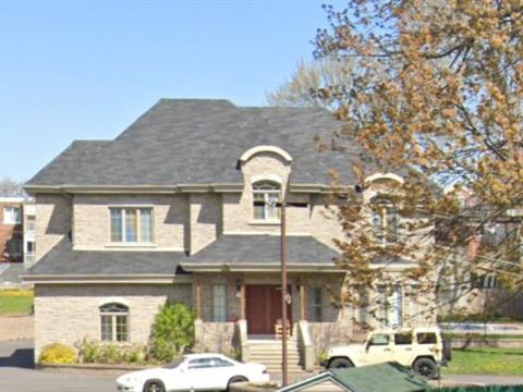 Maison à vendre à Laval (Chomedey), Laval, 3323, boulevard  Lévesque Ouest, 20836131 - Centris.ca