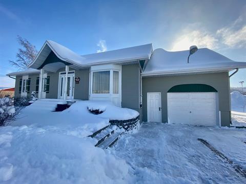 Maison à vendre à Saint-Simon (Bas-Saint-Laurent), Bas-Saint-Laurent, 376, Route  132, 16937077 - Centris.ca