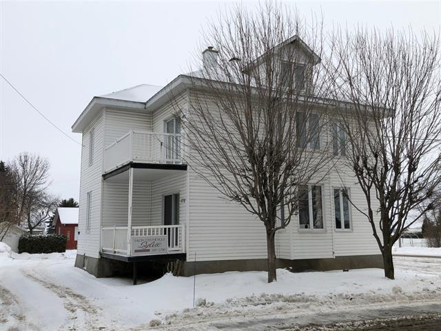 Duplex for sale in Saint-Cyrille-de-Wendover, Centre-du-Québec, 175 - 185, Rue  Saint-Louis, 13604783 - Centris.ca
