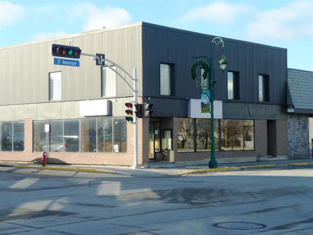 Bâtisse commerciale à vendre à Val-d'Or, Abitibi-Témiscamingue, 709 - 711, 3e Avenue, 22691524 - Centris.ca