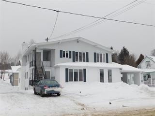 Triplex à vendre à Sainte-Sabine (Chaudière-Appalaches), Chaudière-Appalaches, 3 - 7, Rue  Saint-Charles, 15007252 - Centris.ca