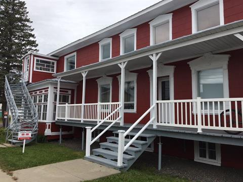 Immeuble à revenus à vendre à Saint-Édouard-de-Lotbinière, Chaudière-Appalaches, 2526 - 2530, Route  Principale, 18481803 - Centris.ca