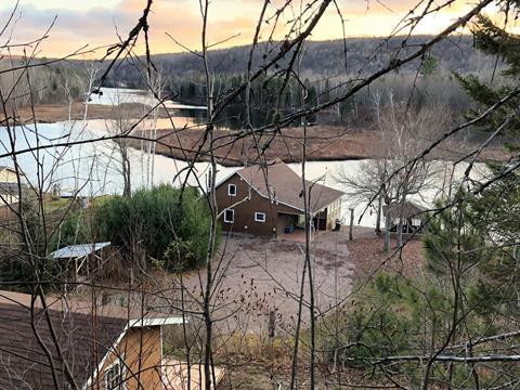 Cottage for sale in Litchfield, Outaouais, 105, Chemin  Barette, 27197016 - Centris.ca