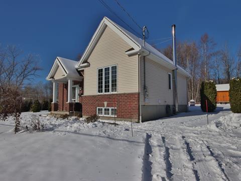 House for sale in Saint-Jérôme, Laurentides, 301, Rue  Bélisle, 24276636 - Centris.ca