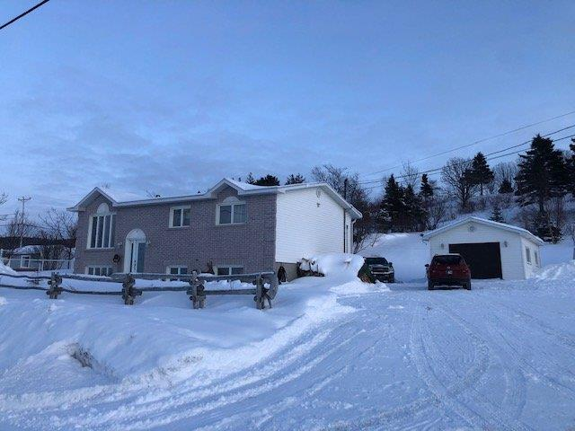 Maison à vendre à Sainte-Anne-des-Monts, Gaspésie/Îles-de-la-Madeleine, 3, Route  Saint-Laurent, 23121869 - Centris.ca