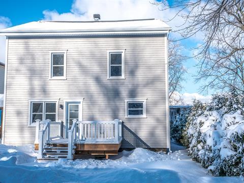 Maison à vendre à Lévis (Desjardins), Chaudière-Appalaches, 270, Rue  Charles-Dufrost, 19599130 - Centris.ca