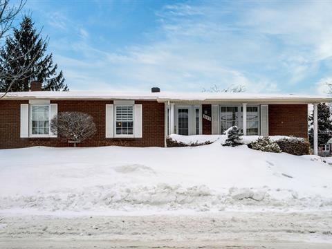 Maison à vendre à Saint-Joseph-de-Sorel, Montérégie, 1101, Rue  Montcalm, 11206529 - Centris.ca