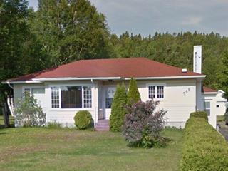 Maison à vendre à Portneuf-sur-Mer, Côte-Nord, 748, Rue  Émond, 24671170 - Centris.ca