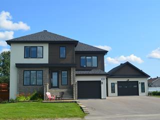 House for sale in Saint-Honoré, Saguenay/Lac-Saint-Jean, 750, Rue  Dufour, 11923919 - Centris.ca