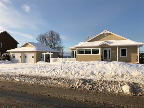 Maison à vendre à Rimouski, Bas-Saint-Laurent, 874, boulevard  Saint-Germain, 25411737 - Centris.ca