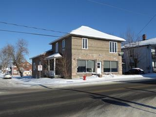 Triplex for sale in Lorrainville, Abitibi-Témiscamingue, 1 - 1B, Rue  Notre-Dame Est, 19082422 - Centris.ca