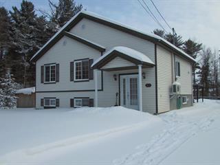 Fermette à vendre à Saint-Lin/Laurentides, Lanaudière, 945Z, Rue  Grande Allée, 28230311 - Centris.ca