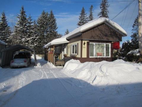Maison mobile à vendre à Mont-Laurier, Laurentides, 654, Île  Bell, app. 20, 18126194 - Centris.ca
