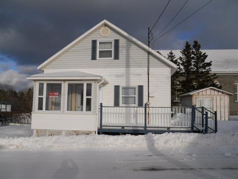 Maison à vendre à Les Méchins, Bas-Saint-Laurent, 106, Rue de la Fabrique, 10624581 - Centris.ca
