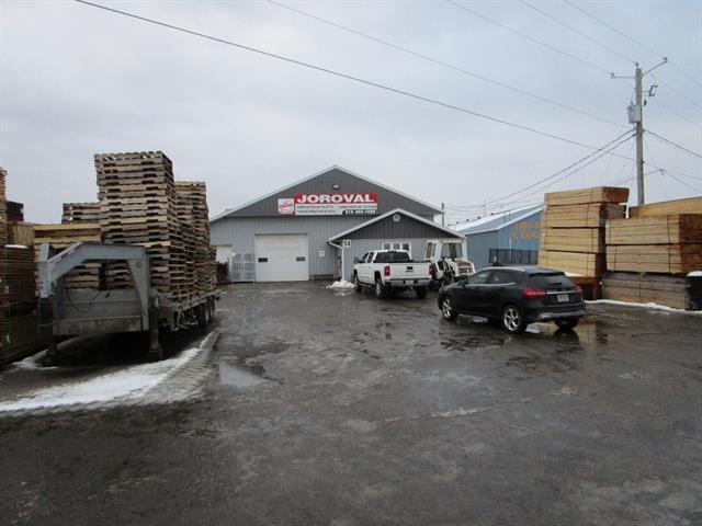 Commerce à vendre à Laurierville, Centre-du-Québec, 14, Rue  Gingras, 27897679 - Centris.ca