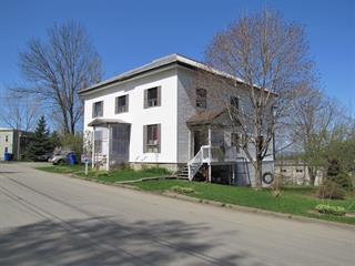 Immeuble à revenus à vendre à Stanstead - Ville, Estrie, 8, Rue  Church, 12890235 - Centris.ca