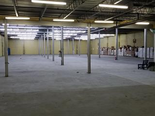 Bâtisse industrielle à vendre à Shawinigan, Mauricie, 5642, boulevard  Royal, 22454443 - Centris.ca