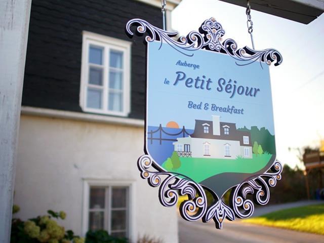 Bâtisse commerciale à vendre à Château-Richer, Capitale-Nationale, 394, Rue  Pichette, 27297096 - Centris.ca