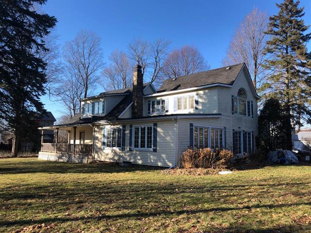 House for sale in Richelieu, Montérégie, 1176, 2e Rue, 19874195 - Centris.ca