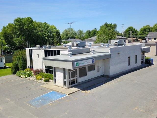 Bâtisse commerciale à vendre à Saint-Polycarpe, Montérégie, 12, Rue  Saint-Jean-Baptiste, 9145905 - Centris.ca