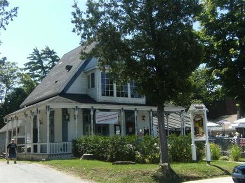 Bâtisse commerciale à vendre à Sainte-Agathe-des-Monts, Laurentides, 33, Rue  Principale Est, 22039128 - Centris.ca
