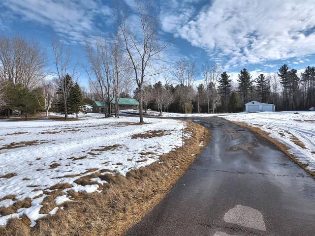 Maison à vendre à Saint-Bernard-de-Lacolle, Montérégie, 127, Montée  Henrysburg, 12888486 - Centris.ca