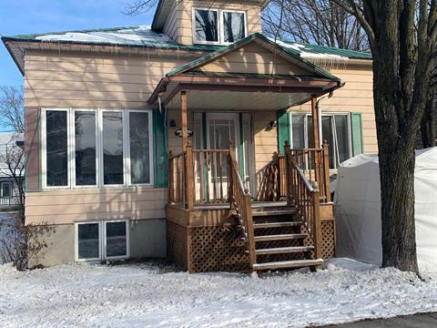 House for sale in Saint-Roch-de-Richelieu, Montérégie, 324Z - 330Z, Rue  Principale, 27501787 - Centris.ca