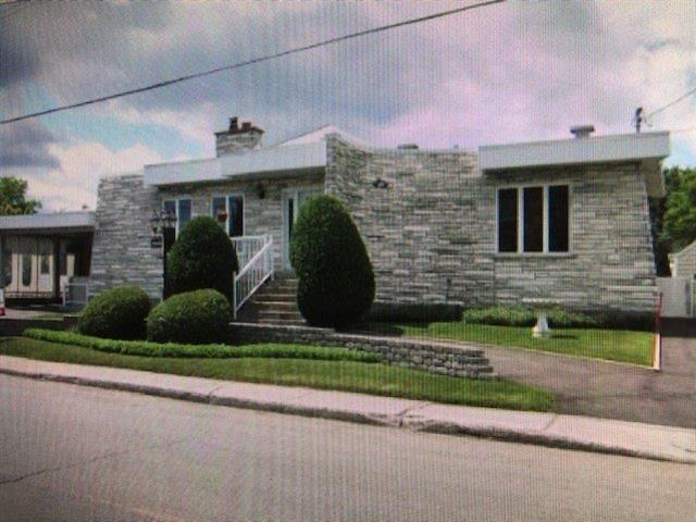 Maison à vendre à Longueuil (Saint-Hubert), Montérégie, 3340, Rue  Alexandra, 17812065 - Centris.ca