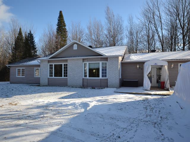 Maison à vendre à Saint-Albert, Centre-du-Québec, 60, Rue  Béréli, 27458263 - Centris.ca
